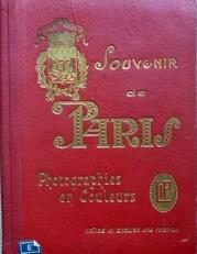 Souvenir de Paris.NN Souvenir de Paris. Photographies en cou