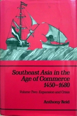 Southeast Asia in the age of commerce 1450-1680 Volume 1 & 2